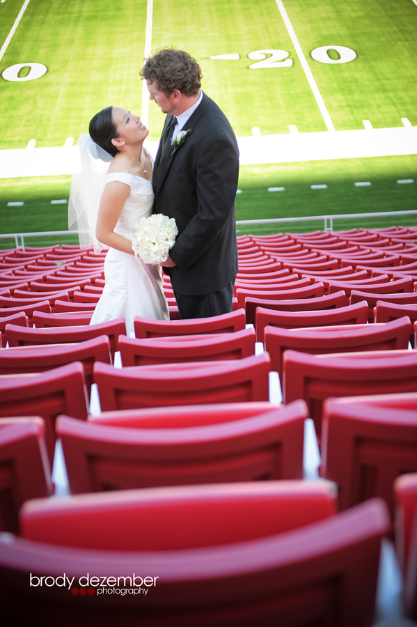 WEDDING PIC STADIUM